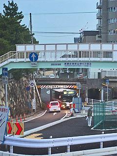 御影駅北側の交通